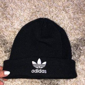 Adidas beanie, good condition, worn twice
